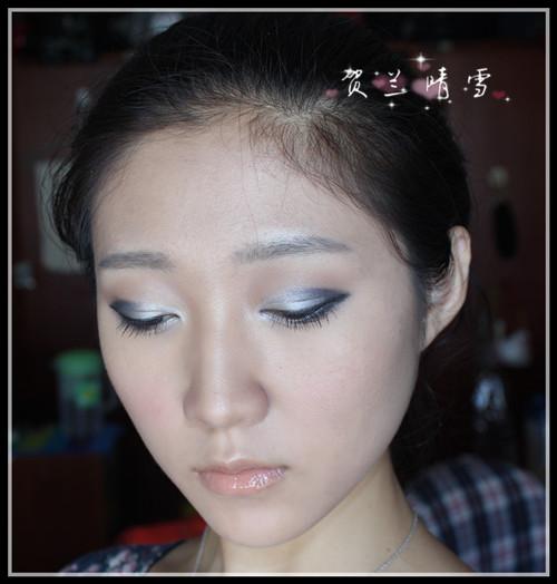 格格妆发型步骤