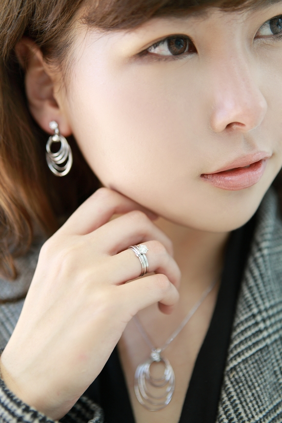 【CC搭配】ol的珠宝穿搭术 - CC - Is Cc