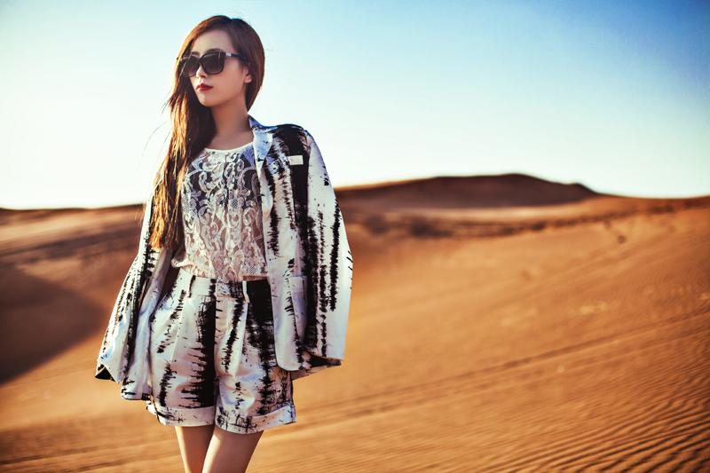 【妮儿の私服日记】迪拜私服小记——沙漠时尚夜景小清新 - 妮儿太妖 - 妮儿太妖的博客