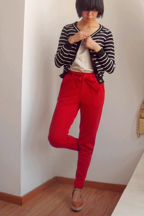 这裤子貌似可以当运动裤穿~