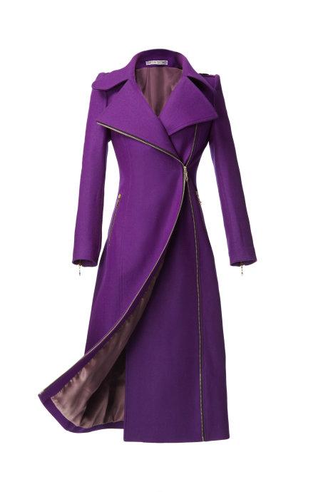 紫色外套搭配啥颜色丝巾